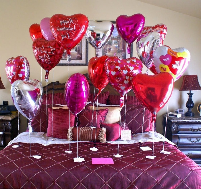 Romantic Valentines Day Ideas For HerWritings and Papers ...