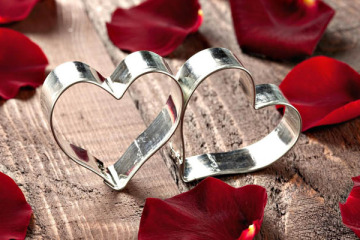 Valentine day gift ideas for Husband Archives - FashionFresta