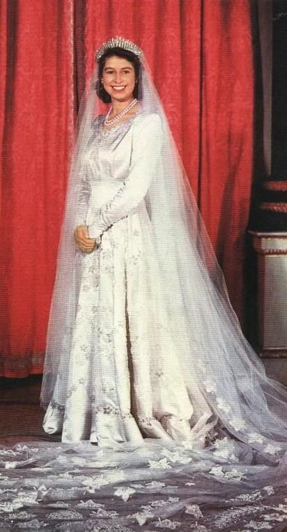 GoodQueenLilibet — Favorite Outfits of Queen Elizabeth II Spam ...