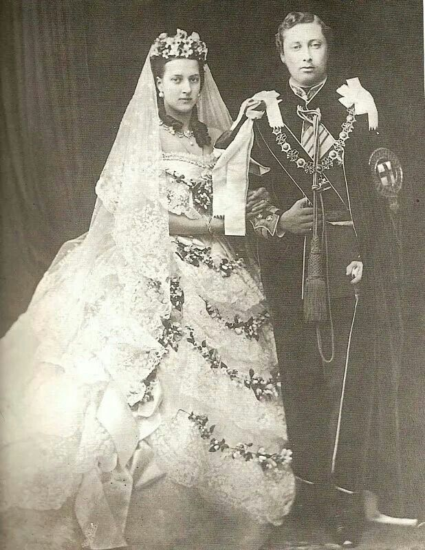 Queen Victoria and Albert | Those royal Royals! | Queen victoria ...