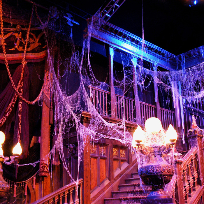 The Best Halloween Decor, According to Haunted-House Experts