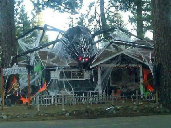 Halloween decorations that were insanely on point this year (42 ...