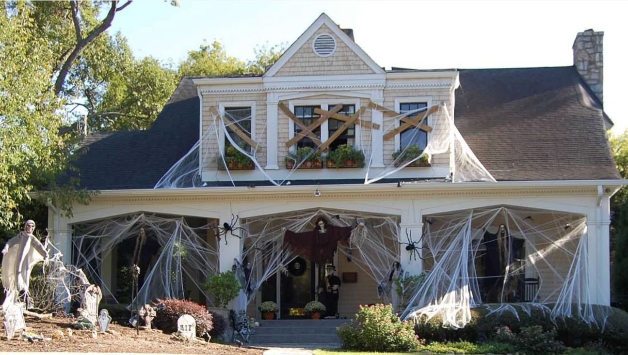 20 of the Best Items in Truly Scary Halloween Decor | Freshome